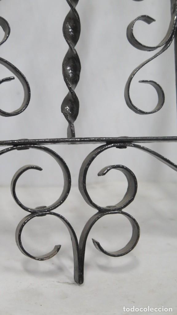 Antigüedades: REJA DE HIERRO FORJADO PARA ALTAR. MEDIADOS SIGLO XX - Foto 4 - 200362493