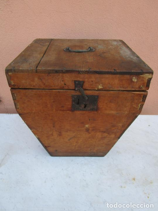 Antigüedades: Antigua Caja - Teodolito - Aparato Topográfico Militar - Madera de Pino - S. XIX - Foto 3 - 200363153
