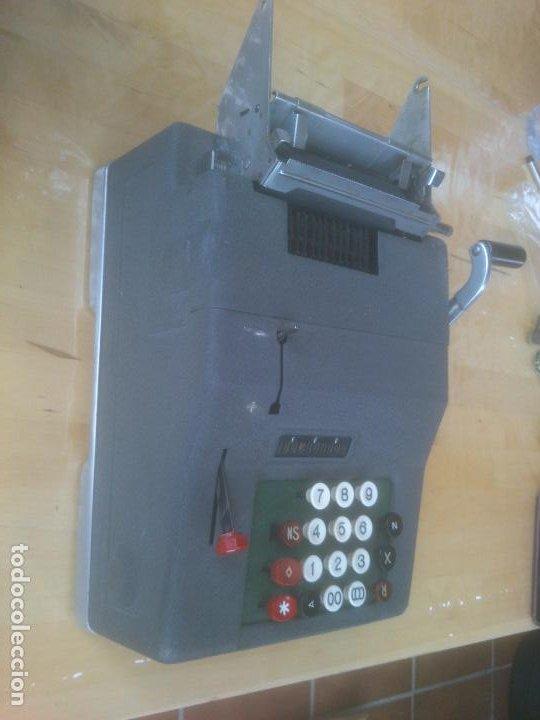 Antigüedades: Calculadora de Comercio Manual marca Precisa Años 60 fabricada en Suiza. - Foto 5 - 200400522