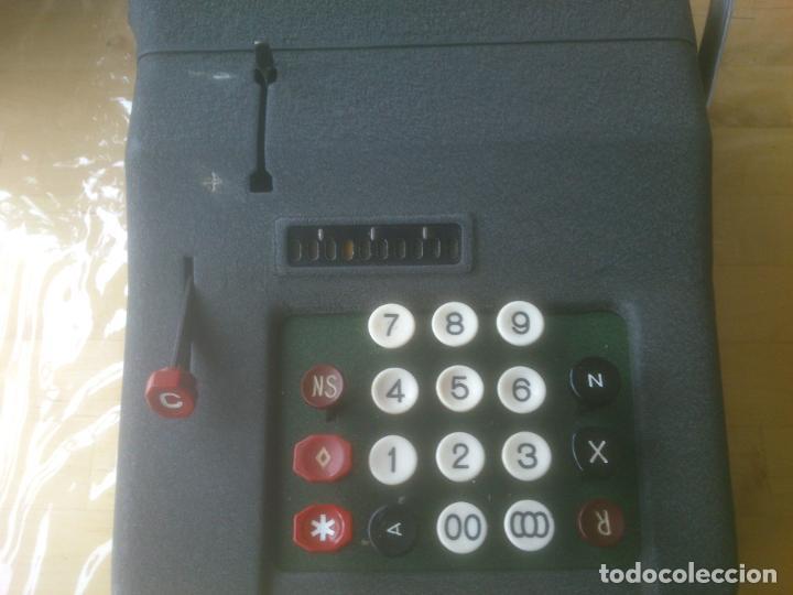 Antigüedades: Calculadora de Comercio Manual marca Precisa Años 60 fabricada en Suiza. - Foto 6 - 200400522