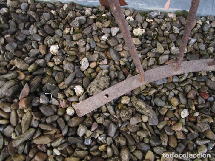 Antigüedades: Pareja de Barandillas - en Forma Curva - Reja Hierro Forjado - Ideal Decoración Consolas - S. XVIII - Foto 23 - 200509293