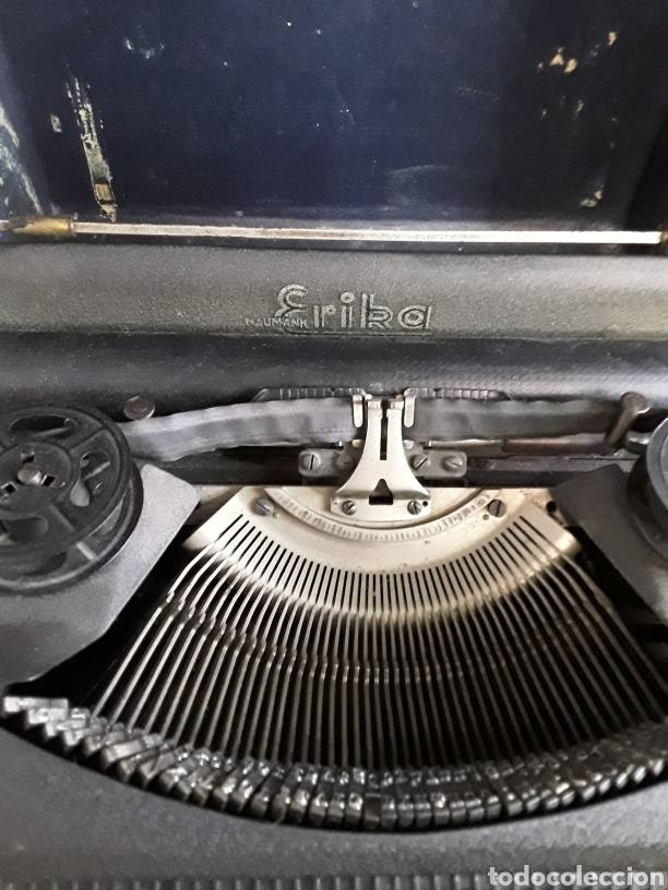 Antigüedades: Preciosa máquina de escribir ERIKA portatil - Foto 2 - 200622246