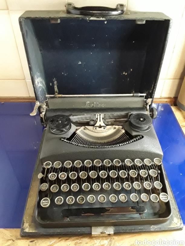 PRECIOSA MÁQUINA DE ESCRIBIR ERIKA PORTATIL (Antigüedades - Técnicas - Máquinas de Escribir Antiguas - Erika)
