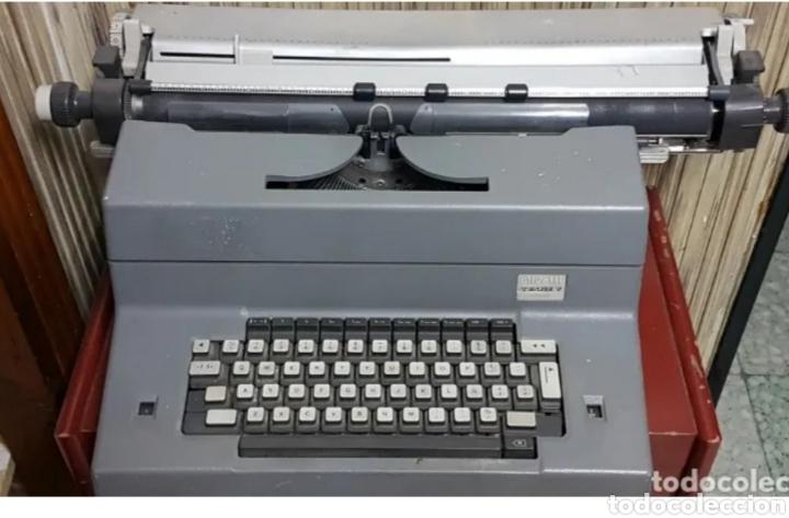 Antigüedades: Máquina de escribir eléctrica Olivetti Tekne 7 - Foto 2 - 200755753