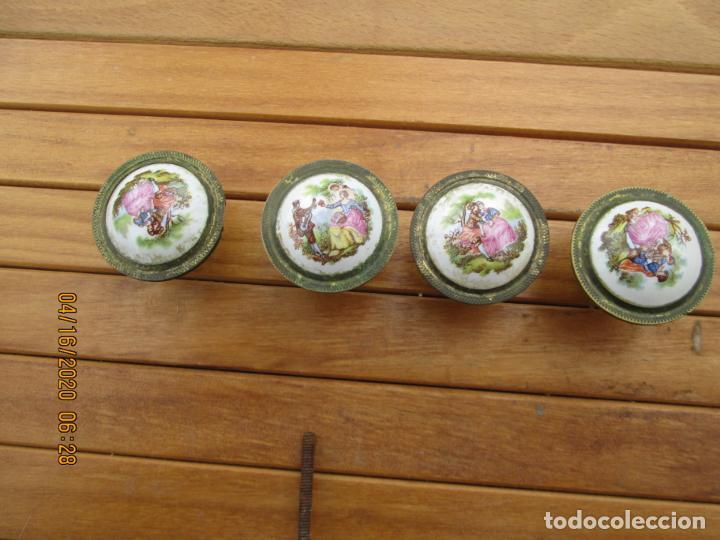 Antigüedades: TIRADORES POMO PORCELANA Y BRONCE - 12 EUROS UNIDAD - HAY DE 6 DE 33 MM Y 4 DE 38 MM - Foto 3 - 200767661