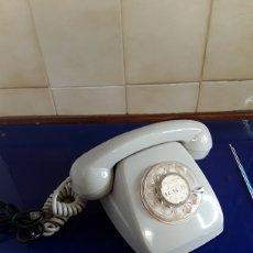 Teléfonos: ANTIGUO TELÉFONO HERALDO CON NÚMEROS EN DORADO. Lote 200792990
