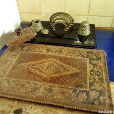Antigüedades: ESCRIBANIA ESTILO INGLÉS EN MARMOL,BRONCE Y CUERO. Lote 200794287