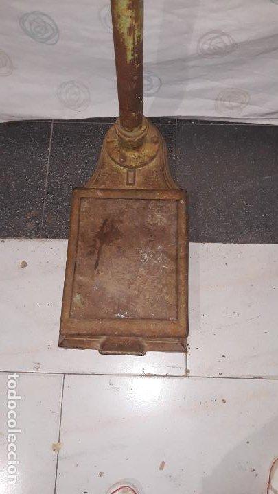 Antigüedades: peso de farmacia siglo xix,en hierro y bronce,peso para personas,muy bonita,industrial vintage - Foto 5 - 201233691