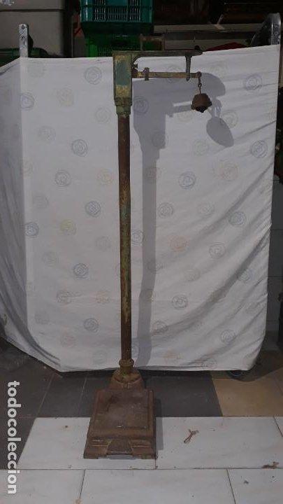 Antigüedades: peso de farmacia siglo xix,en hierro y bronce,peso para personas,muy bonita,industrial vintage - Foto 9 - 201233691