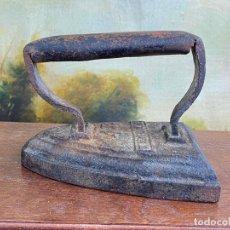 Antigüedades: PRECIOSA PLANCHA EN HIERRO. Lote 201318700