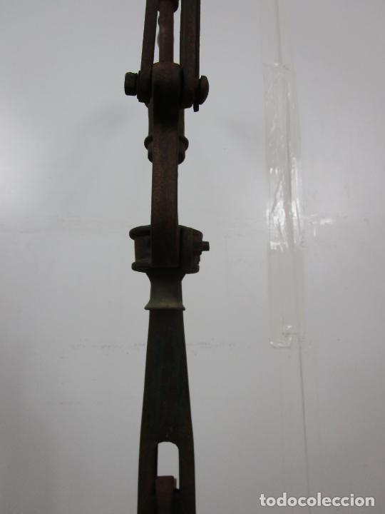Antigüedades: Antigua Máquina Encorchadora Manual - para Embotellar - Hierro Fundido - Principios S. XX - Foto 16 - 201341120