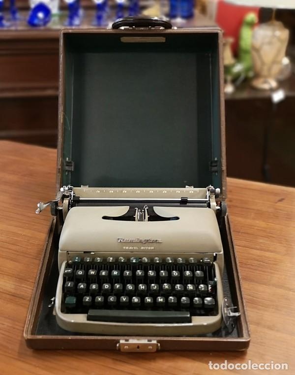 Antigüedades: Máquina de Escribir Remington Travel Riter - Foto 5 - 201585812