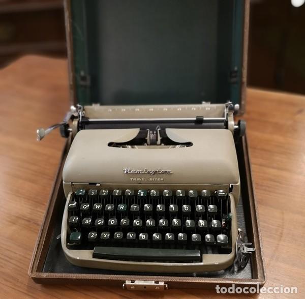 Antigüedades: Máquina de Escribir Remington Travel Riter - Foto 6 - 201585812