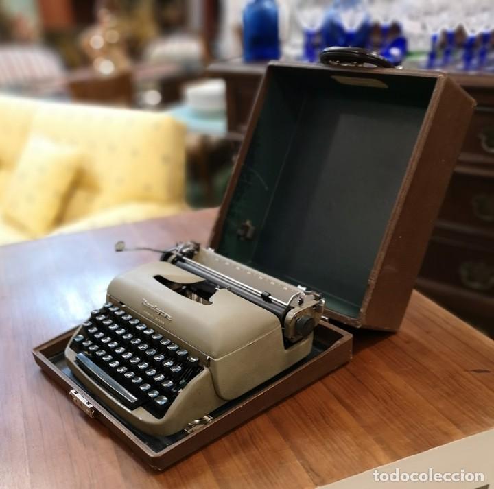 Antigüedades: Máquina de Escribir Remington Travel Riter - Foto 7 - 201585812