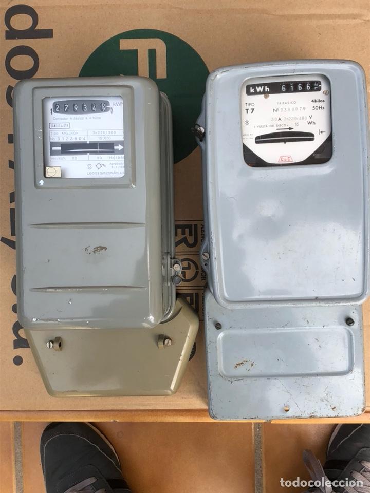 LOTE DE 2 CONTADORES ANTIGUOS DE LUZ (Antigüedades - Técnicas - Herramientas Profesionales - Electricidad)