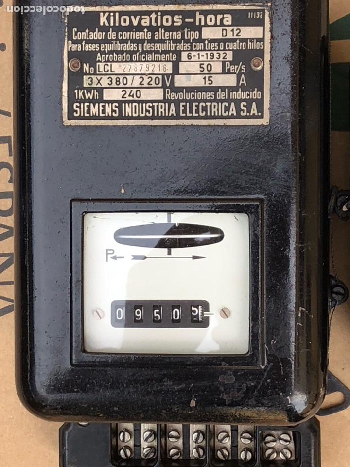 Antigüedades: Lote de 2 contadores antiguos de luz - Foto 2 - 201649098