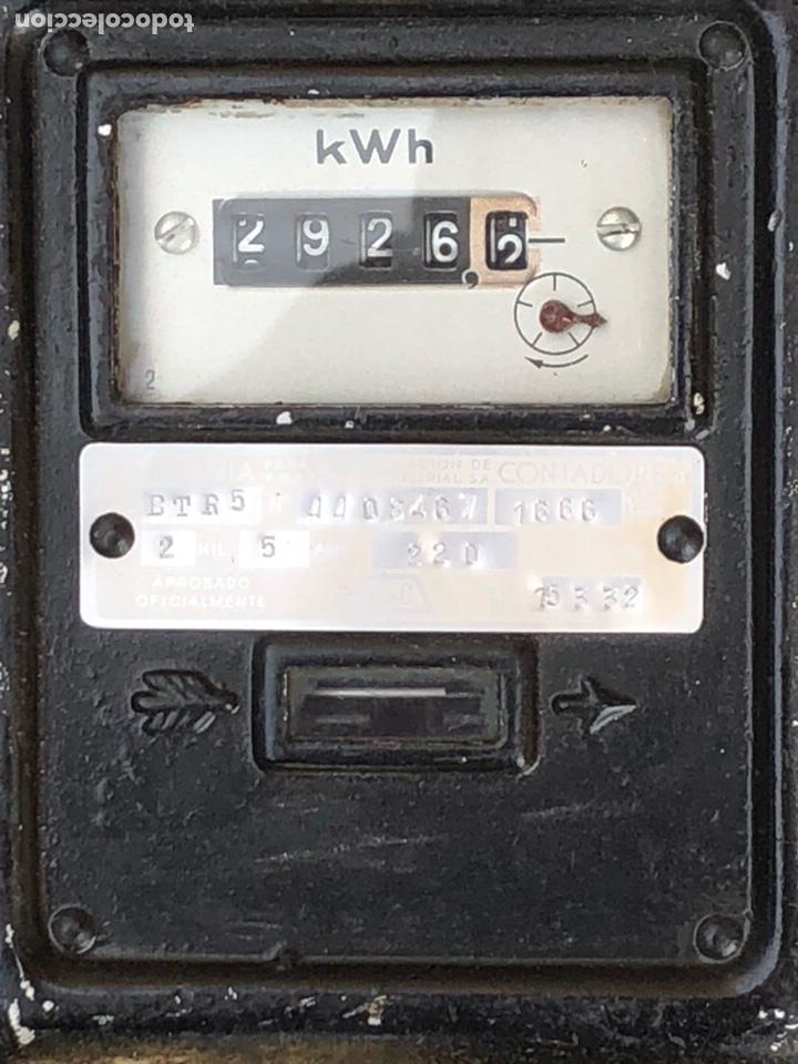 Antigüedades: Lote de 2 contadores antiguos de luz - Foto 3 - 201649098
