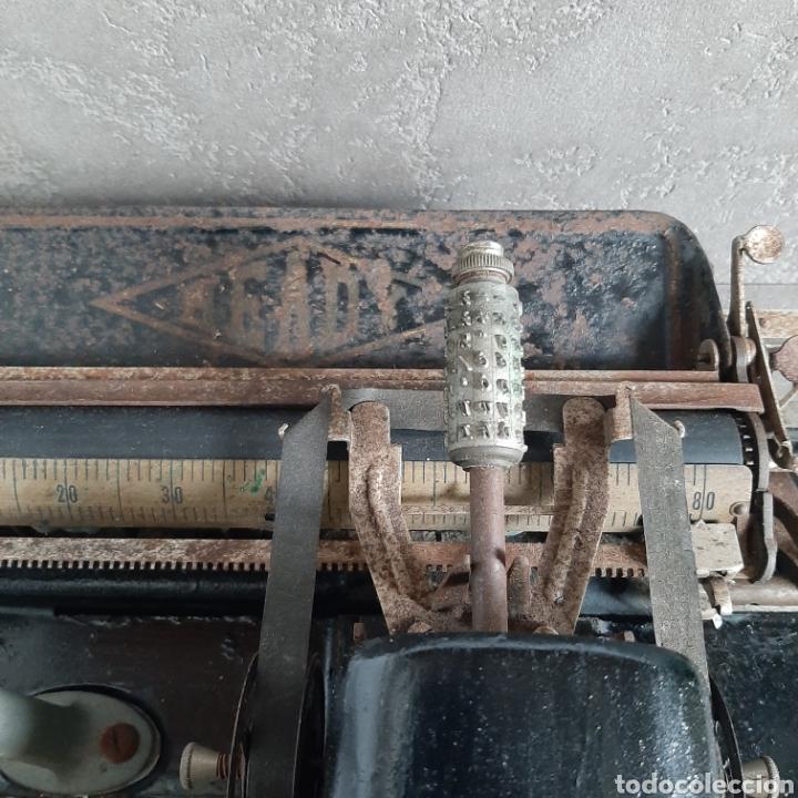 Antigüedades: Antigua Máquina de Escribir Ready / Tipo Mignon / p.p. 1900 - Foto 3 - 192368345