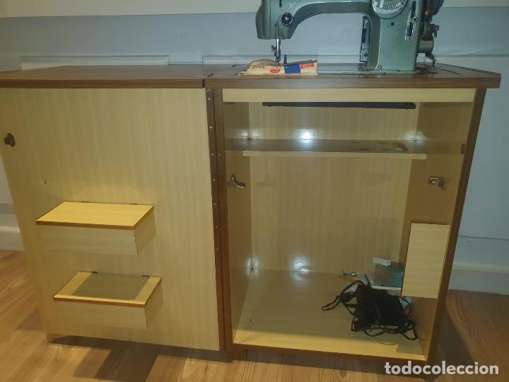 Antigüedades: Maquina de Coser Refrey Transforma, con mueble incuido, TODO PERFECTO ESTADO - Foto 4 - 202267333