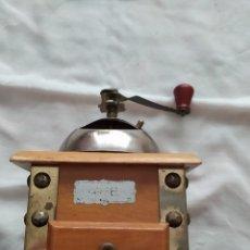 Antigüedades: MOLINILLO DE CAFÉ DE MADERA. Lote 202491312