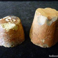 Antigüedades: LOTE DE 2 TAPONES DE BARRO COCIDO DEL Nº 3 Y 5. SIGLO XIX. Lote 202555523