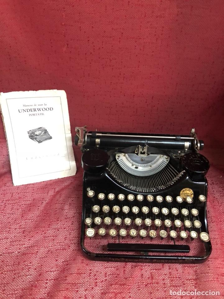 MAQUINA UNDERWOOD PORTABLE CON INSTRUCCIONES HACIA 1925 (Antigüedades - Técnicas - Máquinas de Escribir Antiguas - Underwood)