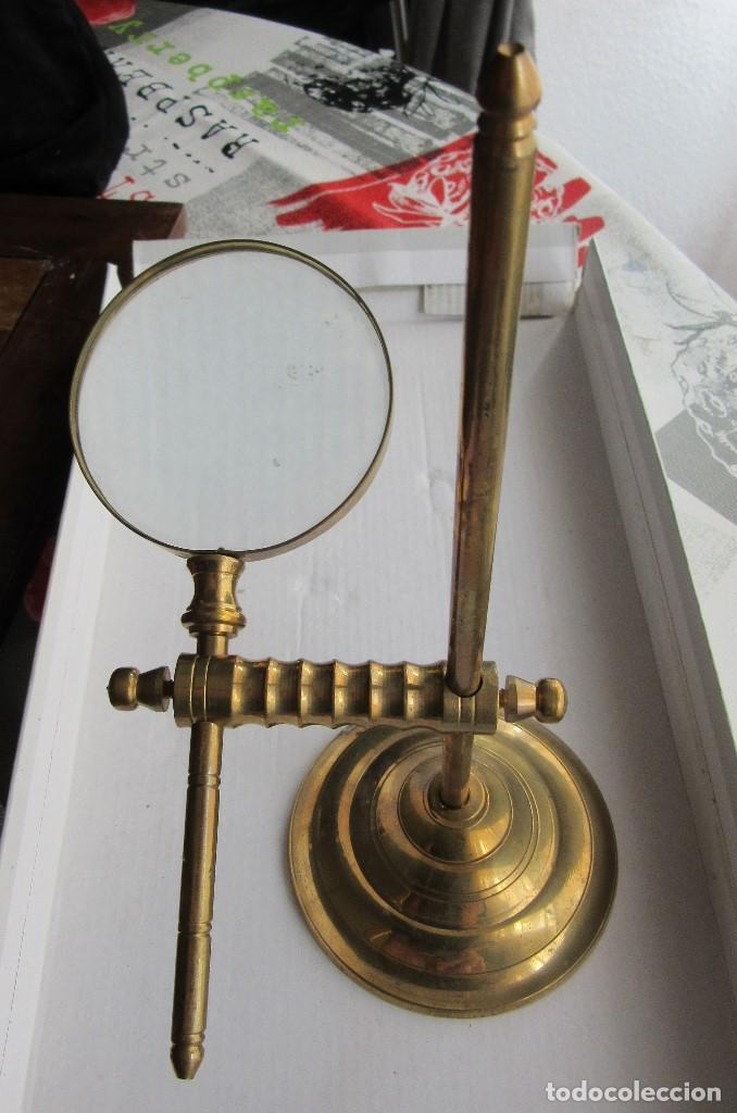 LUPA DORADA CON BASE (Antigüedades - Técnicas - Instrumentos Ópticos - Lupas Antiguas)