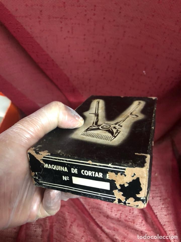 Antigüedades: ANTIGUAS MÁQUINAS DE CORTAR EL PELO EN CAJA - Foto 6 - 202670022