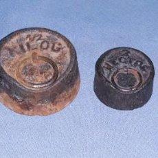 Antigüedades: ANTIGUAS PESAS PONDERALES CASA HECTOC DIFERENTES MEDIDAS EN BUEN ESTADO GENERAL. Lote 202817098