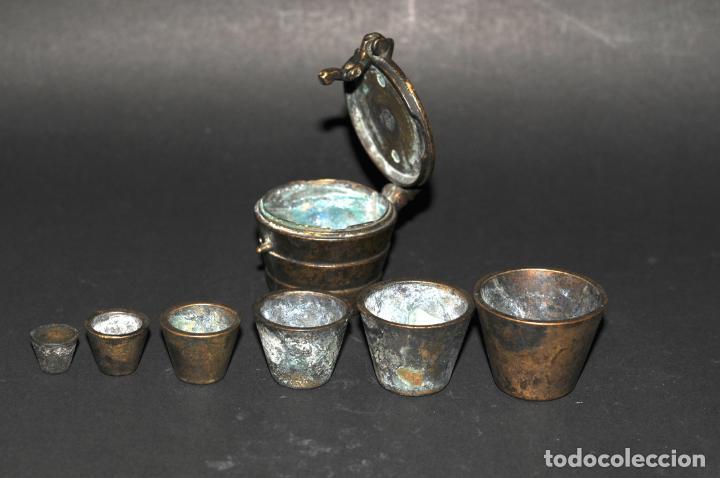 Antigüedades: ORIGINAL PONDERAL DE BRONCE - CON MARCAS EN EL INTERIOR DE LA TAPA - Foto 5 - 202877370