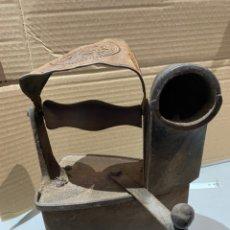 Antigüedades: ANTIGUA PLANCHA CARBÓN CAROLINA - VER LAS FOTOS. Lote 202917615