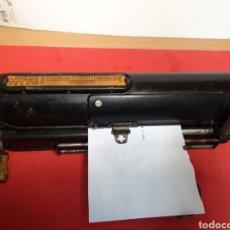 Antigüedades: PROECTOR DE CHEQUES THE PROTECTOGRAPH. Lote 203432130