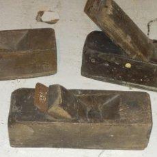 Antigüedades: ANTIGUAS GALOPAS O CEPILLOS DE CARPINTERO. Lote 203475070