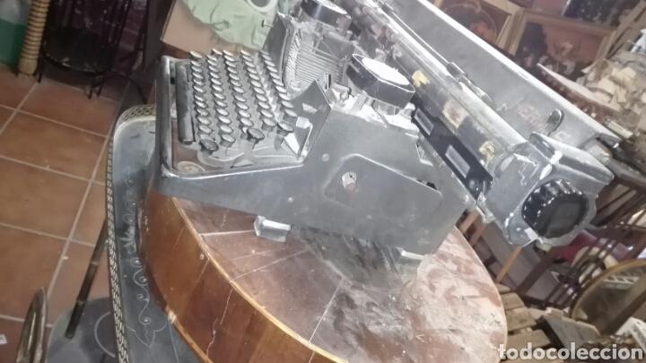 Antigüedades: Maquina de escribir gastos de envío mínimos 20€ - Foto 7 - 203504396