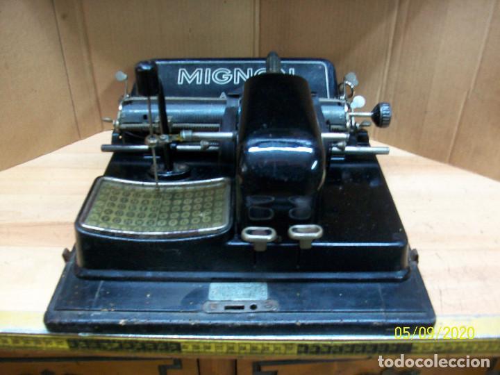ANTIGUA MAQUINA DE ESCRIBIR MIGNON AEG-AÑOS 1920- CON ESTUCHE (Antigüedades - Técnicas - Máquinas de Escribir Antiguas - Mignon)
