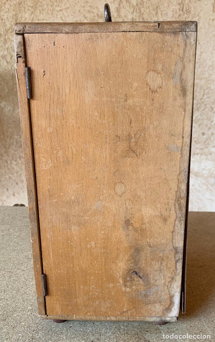 Antigüedades: ANTIGUO MICROSCOPIO TRIQUINOSCOPIO CON CAJA DE MADERA . ULLOA OPTICO . - Foto 7 - 203549920