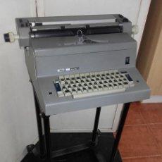 Antigüedades: MAQUINA DE ESCRIBIR ELECTRICA OLIVETTI TEKNE 3 - PARA RECOGER EN GIJON. NO SE ENVIA. Lote 203635981