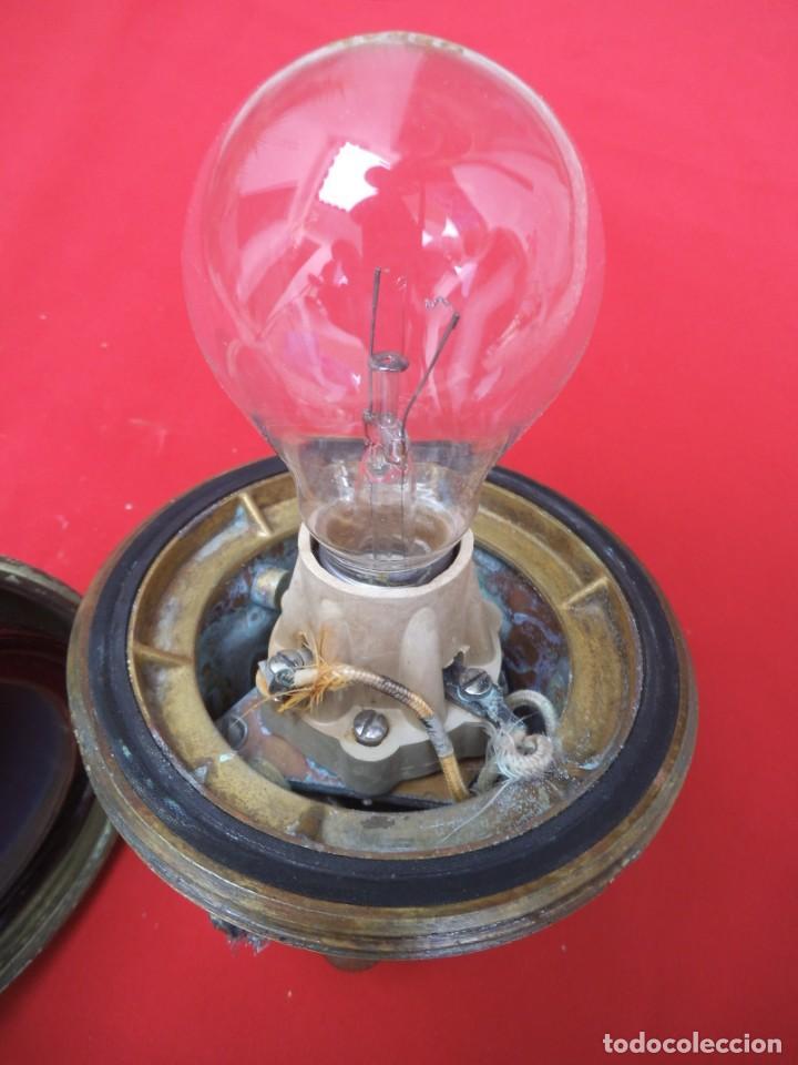 Antigüedades: Luz o aplique de interior de un buque de la Armada Españolas. - Foto 4 - 203814020