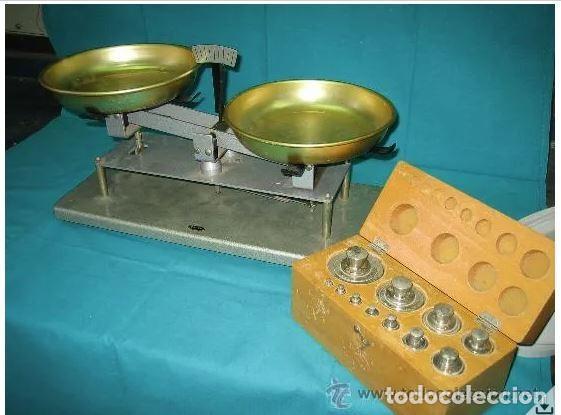 BALANZA LABORATORIO CON CAJA DE PESAS ENOSA. MUY BONITA (Antigüedades - Técnicas - Medidas de Peso - Balanzas Antiguas)