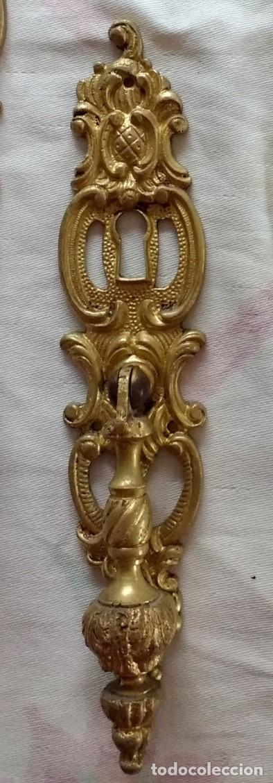 ANTIGUO TIRADOR-BOCALLAVE DE BRONCE (Antigüedades - Técnicas - Cerrajería y Forja - Tiradores Antiguos)