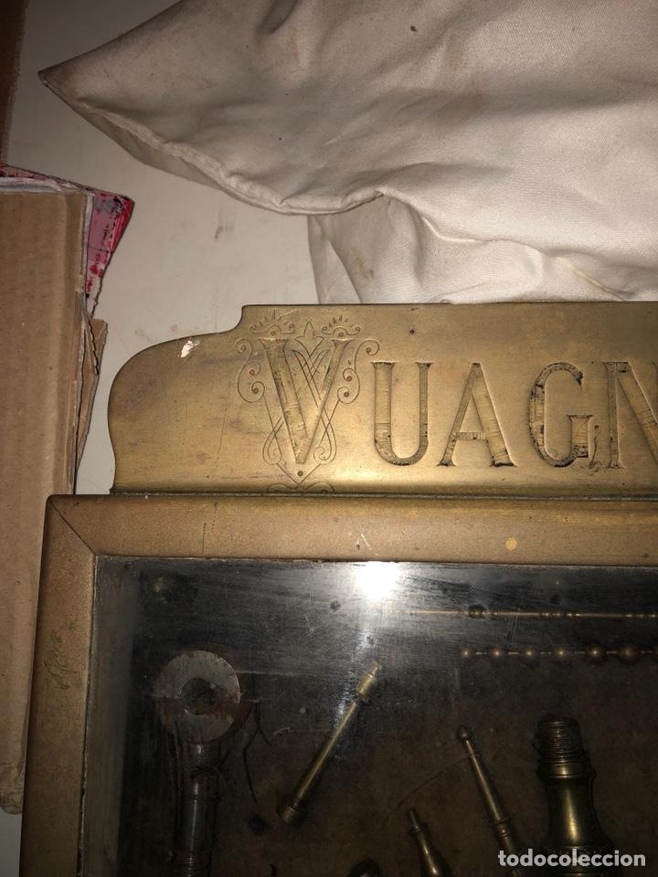 Antigüedades: Magnifico muestrario de tornilleria y herramientas siglo XIX - Foto 13 - 137569941