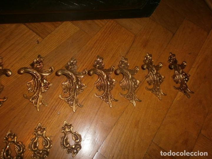 Antigüedades: 6 parejas de tiradores calamina o bronce dorados filigrana con 6 boca llaves medida 8,5 cm. - Foto 4 - 203932800