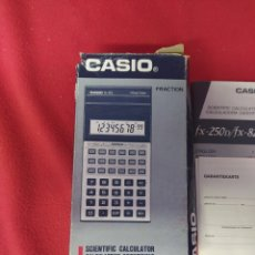 Antigüedades: CALCULADORA CASIO FX-82L. Lote 203967427