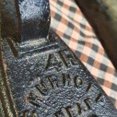 Antigüedades: PLANCHA DE HIERRO MARCA SCHURHOFF 4 R CHEAP.. Lote 203994446
