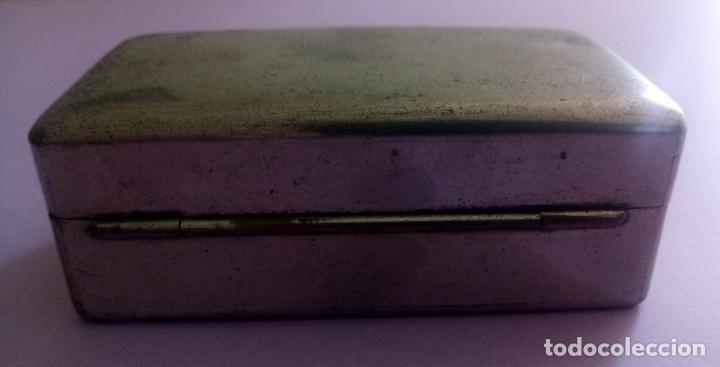 Antigüedades: ANTIGUA CAJA METÁLICA GILLETTE CON ESTUCHE METÁLICO PARA CUCHILLAS - U.S.A. - 8 x 5 CMS - Foto 9 - 204055378