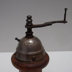 Antigüedades: MOLINILLO DE PIMIENTA MARCA LEINBROCK, MODELO 800. ALEMANIA. CA. 1928-1935. Lote 204341030