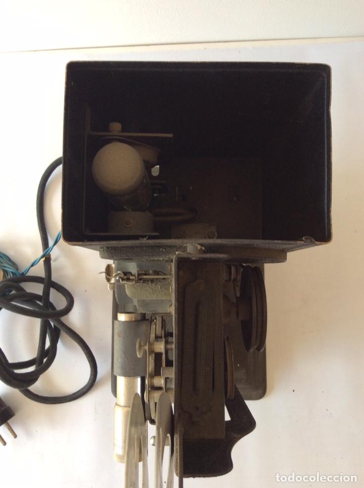 Antigüedades: PROYECTOR KEYSTONE MODELO G-8 115 VOLTS 8MM - Foto 6 - 204404950