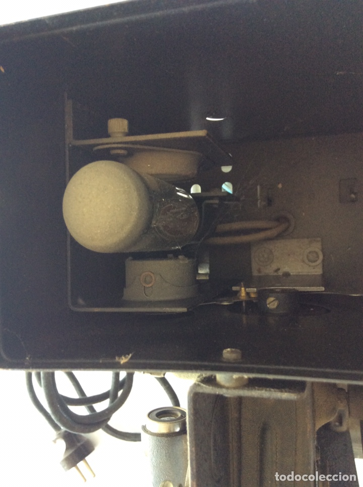 Antigüedades: PROYECTOR KEYSTONE MODELO G-8 115 VOLTS 8MM - Foto 7 - 204404950
