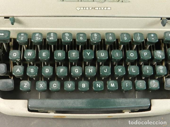 Antigüedades: MAQUINA DE ESCRIBIR REMINGTON QUIET RITER AÑO 1950 TYPEWRITER SCHREIBMASCHINE - Foto 4 - 204405693