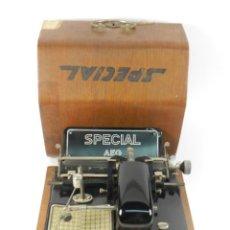 Antigüedades: MAQUINA DE ESCRIBIR ANTIGUA AEG SPECIAL AÑO 1924 TYPEWRITER SCHREIBMASCHINE. Lote 204408467